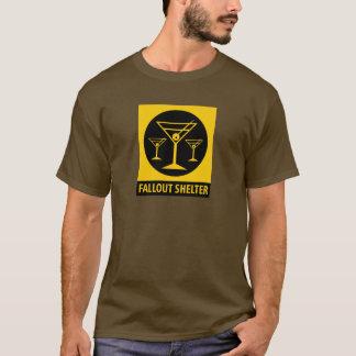Det atom- nedfallskydd undertecknar - drinkar för tee shirts