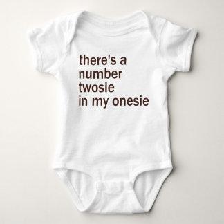 Det finns en numrera Twosie i mitt… Tee Shirt