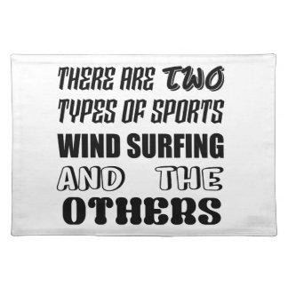 Det finns två oth typer av sportvind som surfar bordstablett