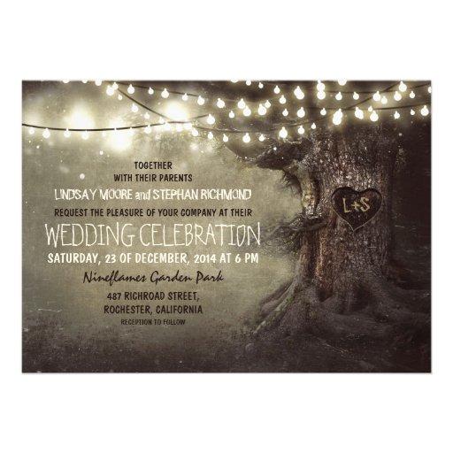 det gammala sned trädglimt tänder lantligt bröllop skräddarsydda inbjudan