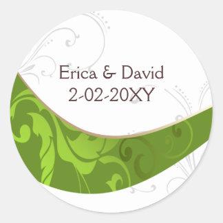 det gröna kuvertet förseglar runda klistermärken