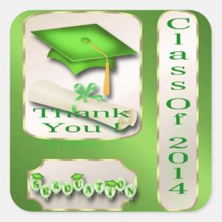 Det gröna och guld- studententackkuvertet fyrkantigt klistermärke
