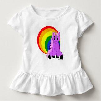 Det gulliga Scruffy småbarn för Unicornw-regnbågen Tee Shirt