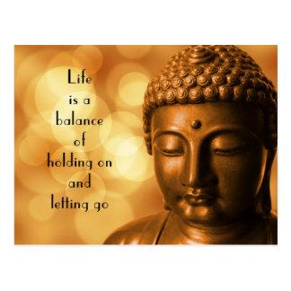 Det inspirera citationstecknet med en Buddha Vykort