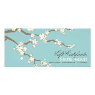 Det kräm- Sakura körsbäret blomstrar presentkortet Reklamkort