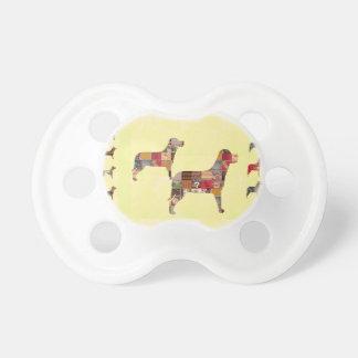 Det målade HUNDgåvahusdjuret LURAR Napp För Baby
