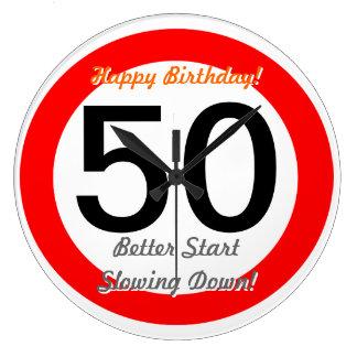 Det roliga 50th vägmärket för födelsedagskämt 50 r stor rund klocka