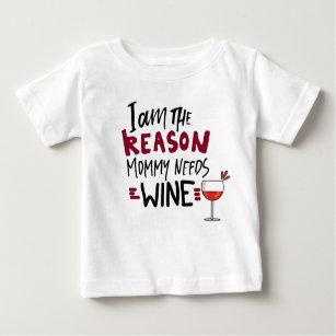 Det roliga babycitationstecknet behöver jag t shirt