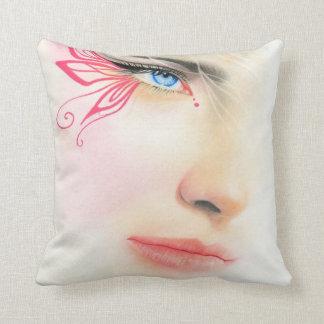 Det rosa fjärilsblåttögat kudder kudde