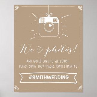 Det sociala massmedia som gifta sig hashtag, poster