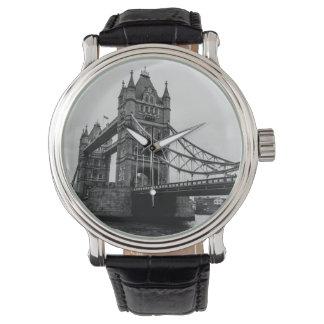 Det svartvita torn överbryggar, London UK Armbandsur