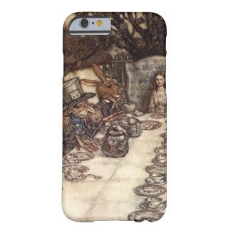 Det tokiga HatterTeapartyet av Arthur Rackham Barely There iPhone 6 Skal