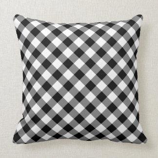 Diagonal svartvit kontrollerad pläd kudde