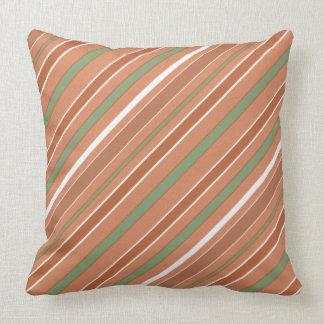 Diagonalt mönster för randar med någon färg kudde