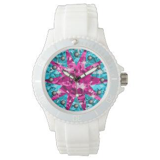 Diamanter för gnistra för rosa- & armbandsur