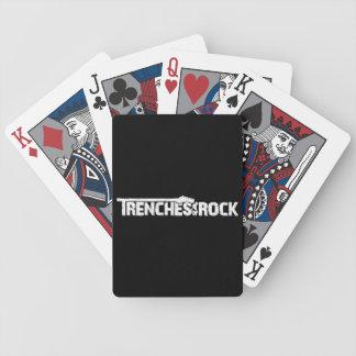 Diken av stenanpassningsbar som leker kort spelkort