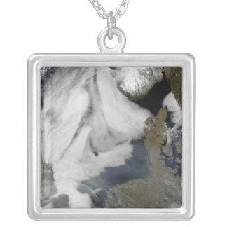 Dimma i norrhavet 2 silverpläterat halsband