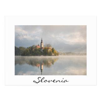 Dimmig vykort för Slovenien soluppgångvit