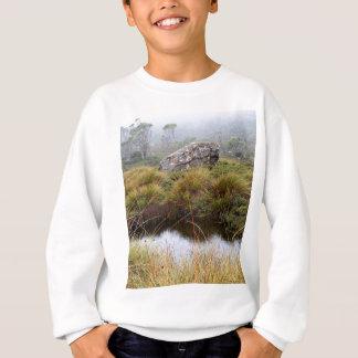 Dimmiga morgonreflexioner, Tasmania, Australien T Shirts