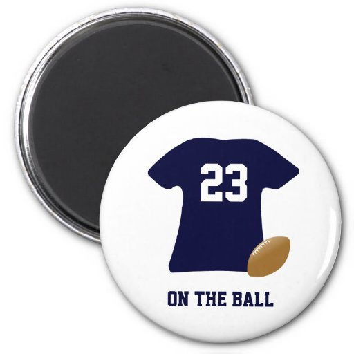 Din fotbollskjorta med boll magnet rund 5.7 cm