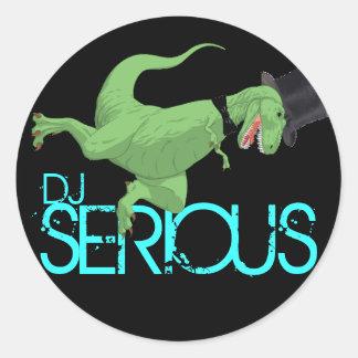 dinosaur som ÄR ALLVARLIG, DJ Runt Klistermärke