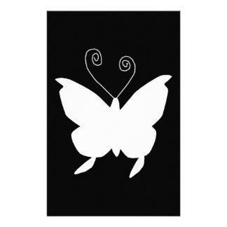 Divafjäril i vit anpassningsbara brevpapper