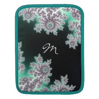 Djup sleeve för Monogram för skoggröntFractal iPad Sleeve