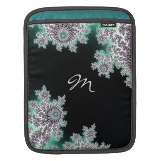 Djupt fodral för Monogram för skoggröntFractal iPad Sleeve