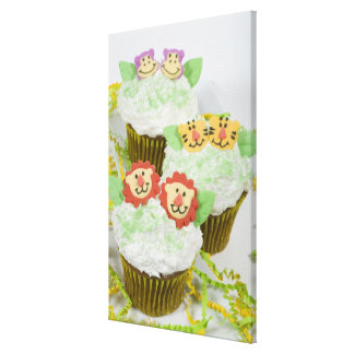 Djura partycupcakes. för Safari Canvastryck