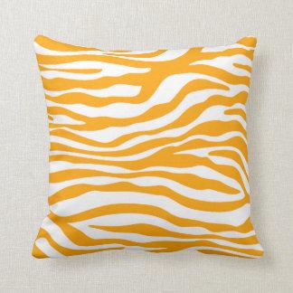 Djurt tryck för bärnstensfärgad orange sebra kudde