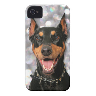 Doberman - Megyan Case-Mate iPhone 4 Skydd
