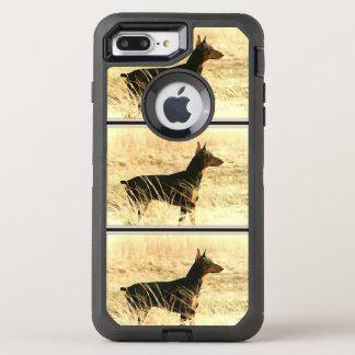 Dobermanen i torrt måla för vasser avbildar OtterBox defender iPhone 7 plus skal