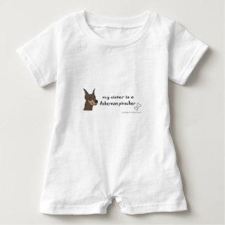 dobermanpinscher - mer föder upp t-shirt
