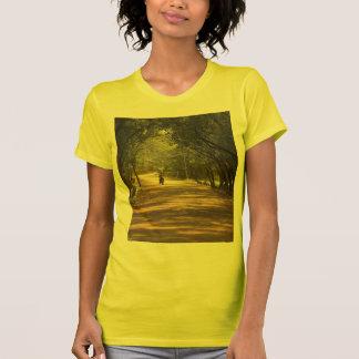 Dra tillbaka till den skräddarsy naturen - tshirts