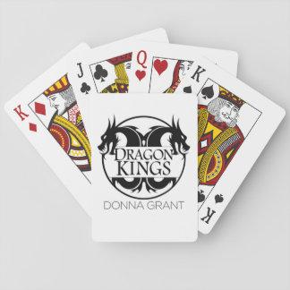 Drakekung som leker kort casinokort