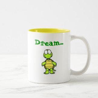 Drömmare mugg vid den Tommy sköldpaddan