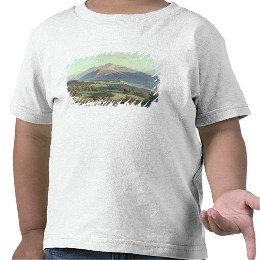 Drover på hästrygg med hans nötkreatur i en Mounta T-shirts