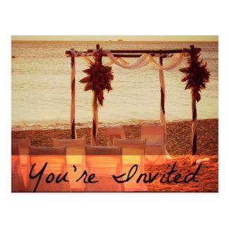 Du är den inbjudna strandbröllopinbjudan vykort