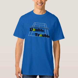 Dubbla besvärar tennis tee shirts