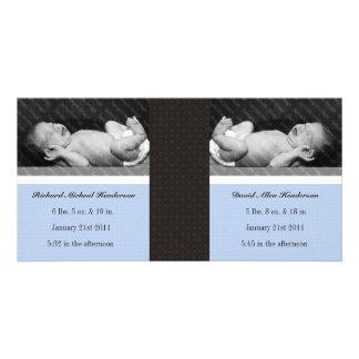 Dubblerar tvilling- pojkar för klassiker nyfödd fotokort