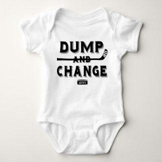 Dumpa och ändra hockeybabybodysuiten tröjor