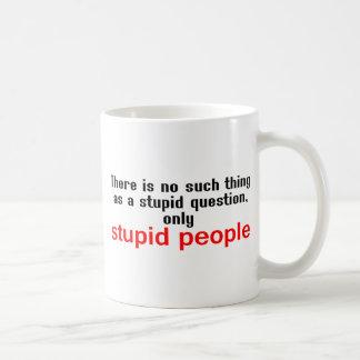Dumt folk vit mugg