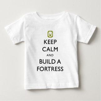 Dvärg- fästningbehållalugn och bygger ett t shirts