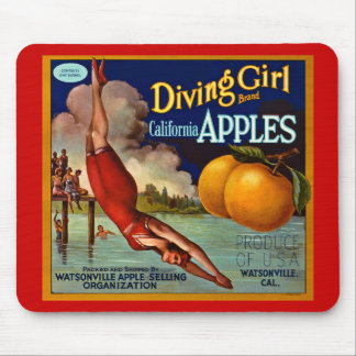 Dykningflickaäpplen - etikett för vintagefruktlåda musmatta