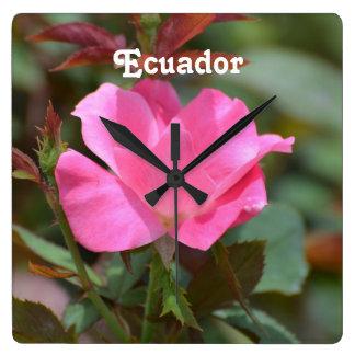 Ecuadorianskt steg fyrkantig klocka