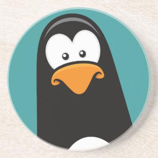 Eftertänksam pingvin för rolig tecknad underlägg sandsten