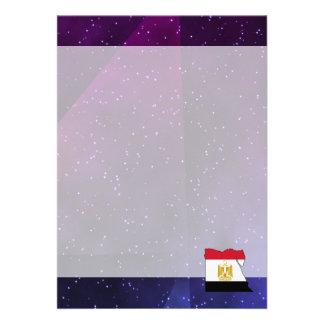 egyptenflaggakarta på abstrakt utrymmebakgrund 12,7 x 17,8 cm inbjudningskort