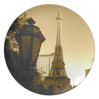 Eiffel torn i Las Vegas Sepia Tallrik