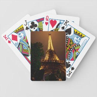 Eiffel torn i regna spelkort