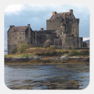 Eilean Donan slott Fyrkantigt Klistermärke